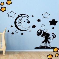 Bebé Observando la Luna V1003